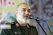 فرمانده کل سپاه: انتقام شهادت سردار سلیمانی قطعی است