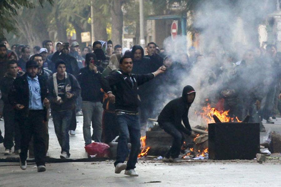 تونس درگیر ناآرامی های اجتماعی و اختلافات سیاسی