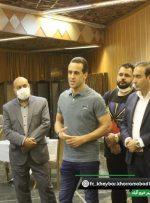 حضور علی کریمی در لیگ یک فوتبال بههمراه خیبر خرمآباد