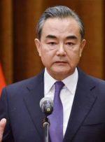 وزیر خارجه چین:نیروهای خارجی به گونه ای مسئولانه افغانستان را ترک کنند