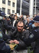 اعتراضات هزاران نفری در استرالیا علیه محدودیتهای کرونایی و بازداشت دهها تن