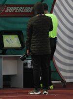 AFC اعلام کرد: تحریمها مانع از ورود VAR به ورزشگاه آزادی است