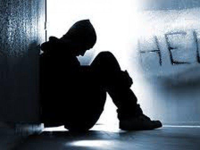 «خودکشی»؛ سومین علت مرگ جوانان ۱۵ تا ۲۹ سال/«خودکشی منجر به فوت» در مردان بیشتر از زنان است