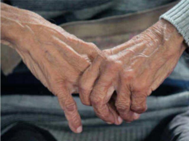 تاثیر کرونا بر مبتلایانِ آلزایمر/ راهکارهای تعویق در زوال عقل