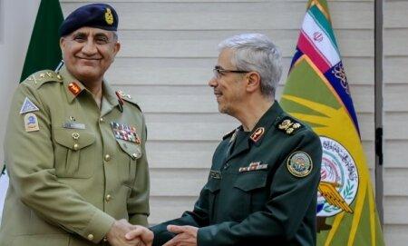 دیدار سرلشکر باقری با فرمانده ارتش پاکستان
